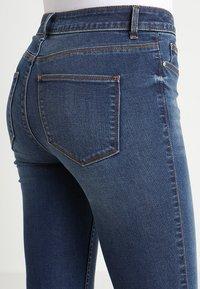Vila - VICOMMIT FELICIA  - Slim fit jeans - dark blue denim - 6