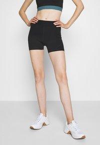 ONLY Play - ONPKNOX TRAINING SHORTS - Leggings - black - 0