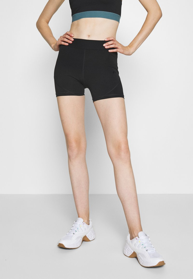 ONLY Play - ONPKNOX TRAINING SHORTS - Tights - black