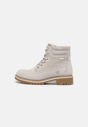 Winter boots - light grey