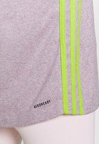 adidas Performance - 3 STRIPE TEE - Camiseta de deporte - berry - 6