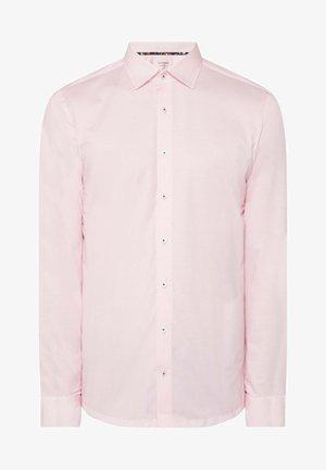 SLIM FIT - Shirt - rosé