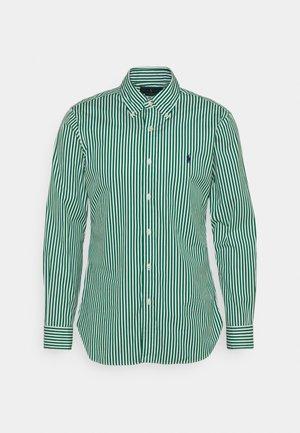 Shirt - athletic green/white
