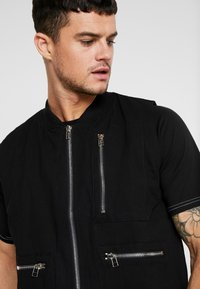 The Ragged Priest - QUILTED GILET - Vesta - black - 3