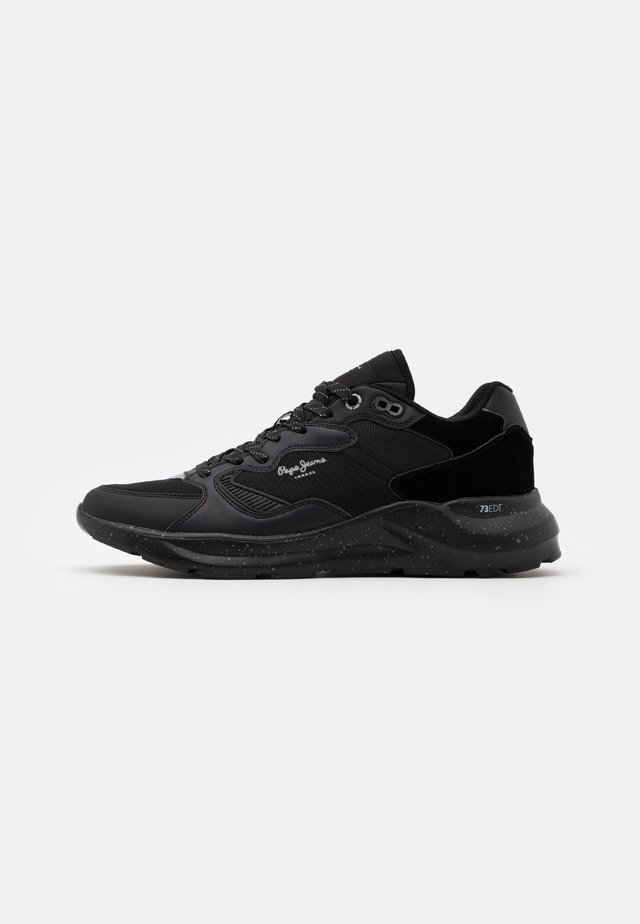 BROOKS MULTI - Sneakersy niskie - black