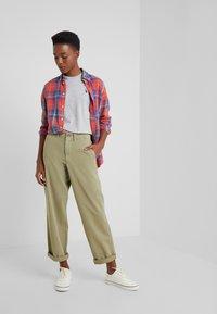 Polo Ralph Lauren - T-shirt basic - cobblestone heath - 1