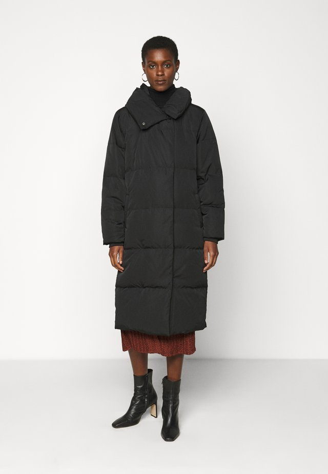 OBJLOUISE LONG JACKET - Down coat - black