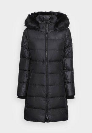 ESSENTIAL REAL COAT - Kabát zprachového peří - black