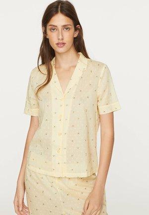 SHORT-SLEEVED PLUMETI BEE - Pyjama top - yellow
