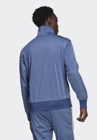 adidas Originals - FIREBIRD ADICOLOR PRIMEBLUE ORIGINALS - Training jacket - crew blue - 1
