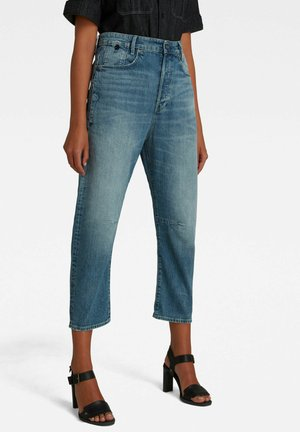 BOYFRIEND CROPPED - Straight leg jeans - faded tide