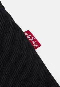 Levi's® - WOMEN'S DRAWSTRING TOTE - Shopping bag - regular black - 4