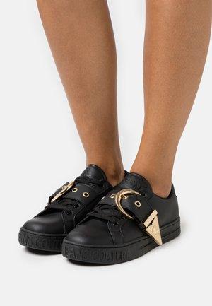 Baskets basses - black