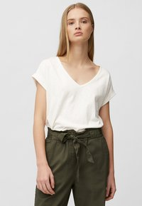 Marc O'Polo DENIM - Basic T-shirt - scandinavian white - 0
