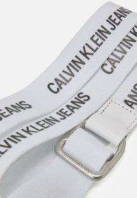 Calvin Klein Jeans - SLIDER WEBBING BELT - Skärp - bright white - 2