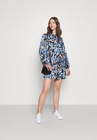 Never Fully Dressed - FRILLED DRESS - Denní šaty - blue - 1