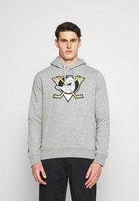 Fanatics - NHL ANAHEIM DUCKS MID ESSENTIALSSECONDARY COLOUR LOGO GRAPHIC  - Sweatshirt - sports grey - 0