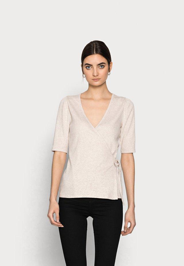WRAP - T-shirt print - oatmeal heather
