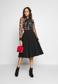 WAL G. - FULL CIRCLE SKATER SKIRT - A-linjainen hame - black