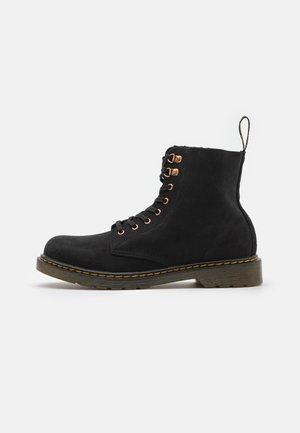 1460 PASCAL UNISEX - Šněrovací kotníkové boty - black
