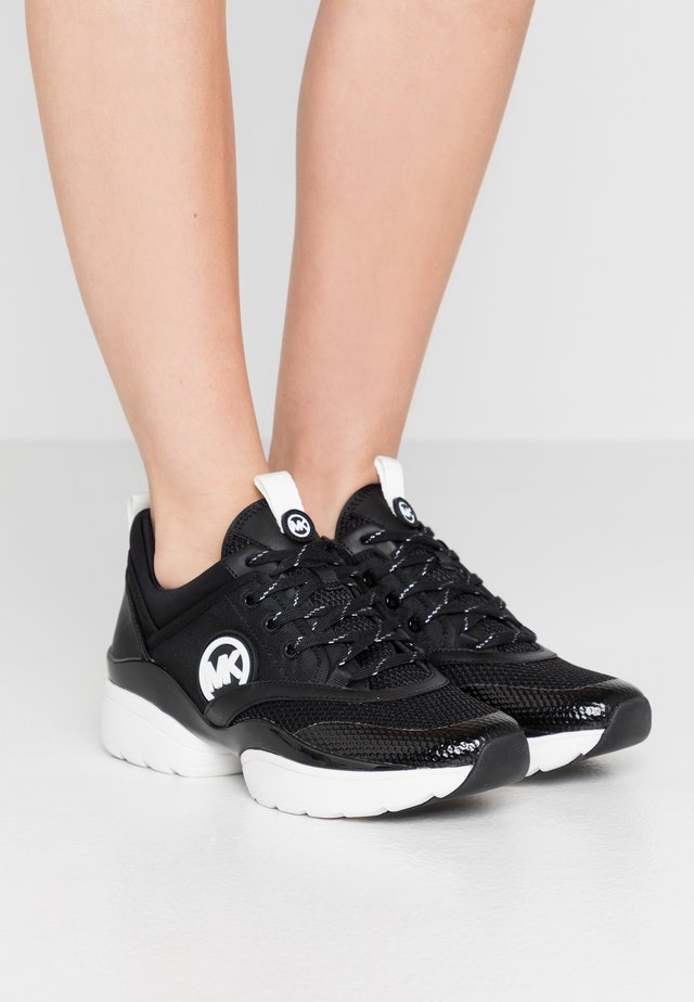CHARLIE TRAINER - Trainers - black