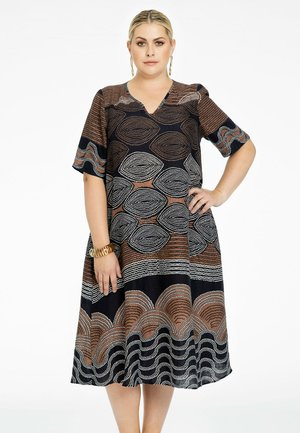 Day dress - brown