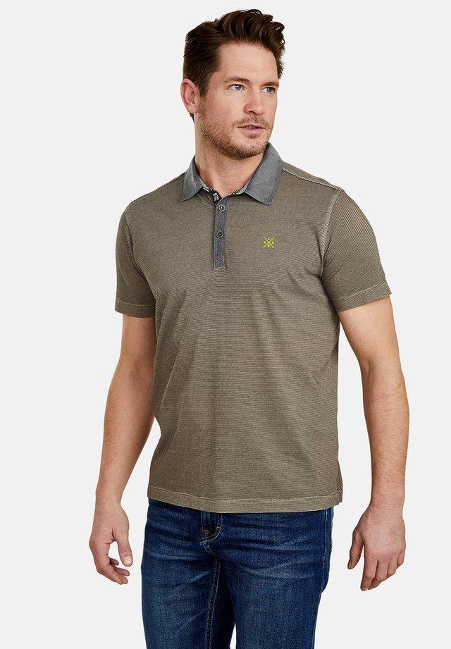MIT FEINEN QUERSTREIFEN - Polo shirt - brindle beige