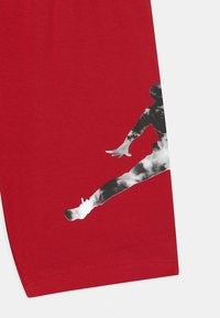 Jordan - GIRL TIE DYE BIKER  - Legging - gym red - 2