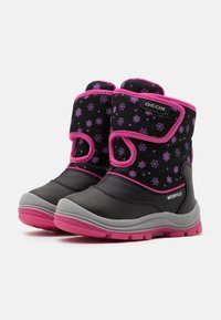 Geox - FLANFIL GIRL WPF - Baby shoes - black - 1