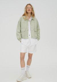 PULL&BEAR - Light jacket - light green - 1