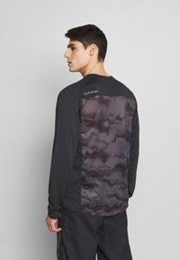 Dakine - SYNCLINE - Sports shirt - black/dark ashcroft - 2