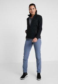 Jack Wolfskin - W MOONRISE JKT - Fleece jacket - black - 1