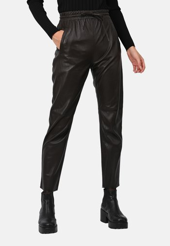 GIFT - Leather trousers - choco brown