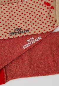 Becksöndergaard - DINA SOLID DINA SMALL DOTS 2 PACK - Socks - red love - 2