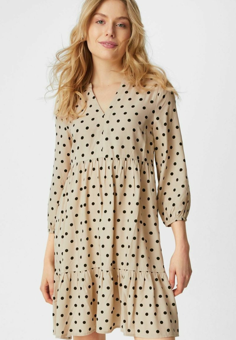 C&A - Day dress - beige