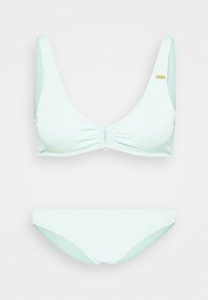 MIND OF FREEDOM ELONGATED - Bikini - brook green