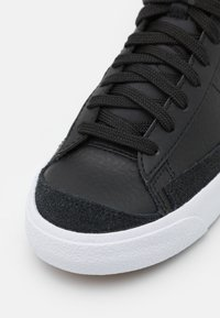 Nike Sportswear - BLAZER MID '77 UNISEX - High-top trainers - black/white/team orange - 5