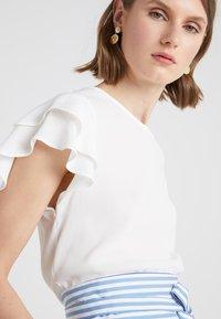 Bruuns Bazaar - LILLI RACHEL  - Bluse - snow white - 4