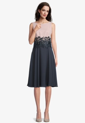 Cocktail dress / Party dress - grey rosé