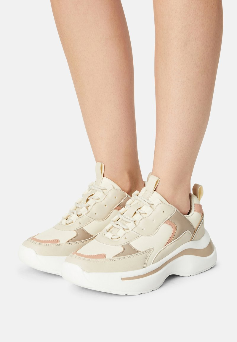 RAID - ROCKY - Sneakers laag - nude