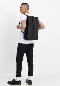 Rains - BACKPACK - Reppu - black - 1