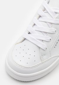 Tommy Hilfiger - Sneakers basse - white/blue - 5
