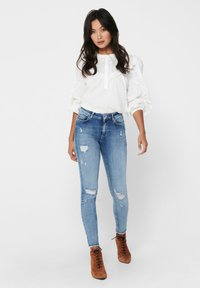 ONLY - ONLBLUSH LIFE - Jeans Skinny Fit - light blue denim - 1