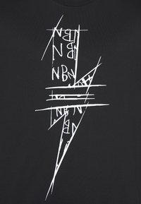 Neil Barrett - SCRIBBLE BOLT - T-shirt con stampa - black/white - 5