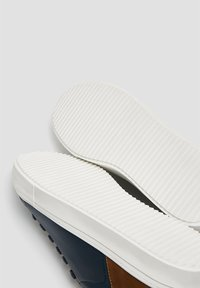 PULL&BEAR - Trainers - blue - 4