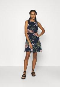 Vero Moda - VMKATNISS SHORT DRESS - Day dress - navy blazer/katniss - 1