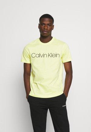 FRONT LOGO - T-shirt imprimé - sunny lime