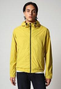 Napapijri - A-CIRCULAR - Outdoor jacket - yellow moss - 0
