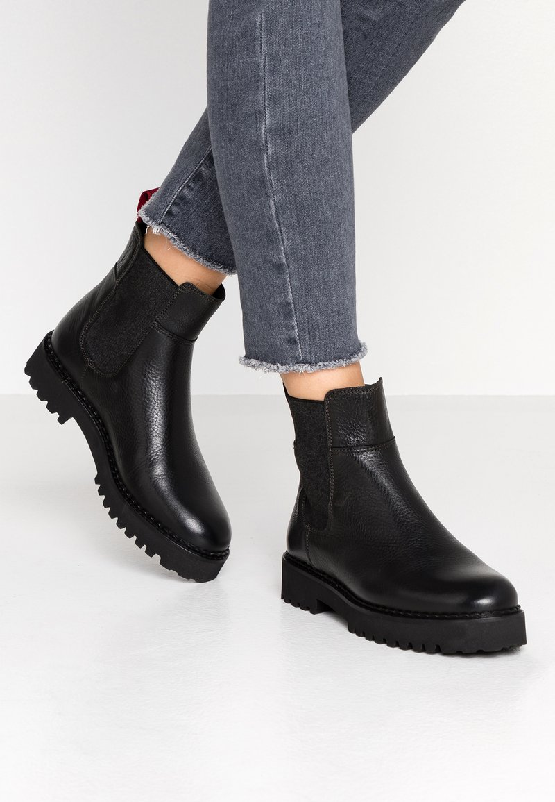 Marc O'Polo - Classic ankle boots - black