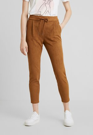 VMEVA LOOSE STRING SOFT - Trousers - tobacco brown